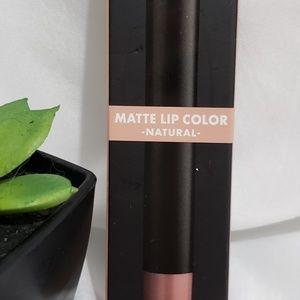 E.l.f Matte Lip Color Natural